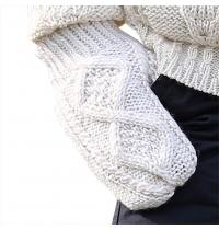 100% Irish Merino Wool Hand Knitted Cream Mittens